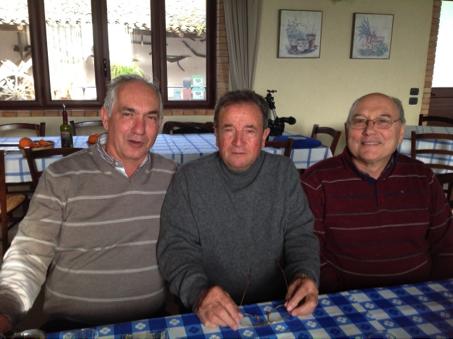 A centro il presidente dell'Associazione G. Fazio ; il segretario I. Vassallo e il casaro G. Gatì i principali autori della rinascita della capra Girgentana.